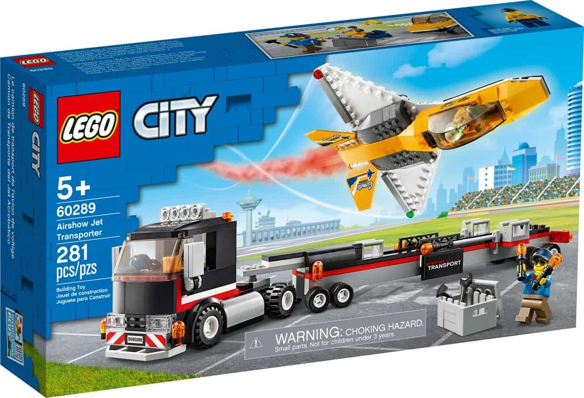 lego 60289 semitrailer med oppvisningsfly